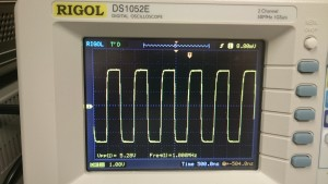 FY3200S 1MHz 5V Square Wave